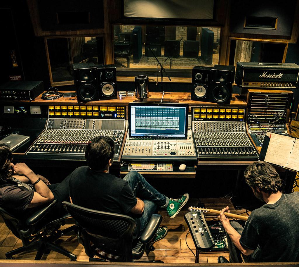 สตูดิโอ Sound engineer